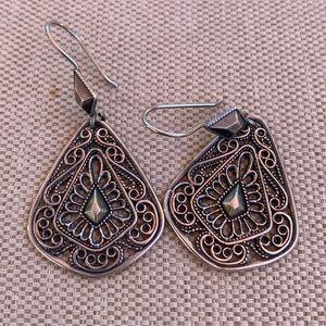 Antiqued sterling silver filagree earrings
